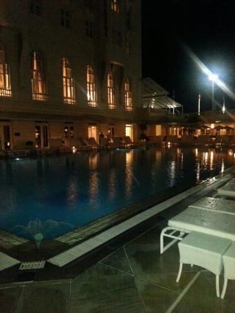 Hotel Cipriani Restaurant: Vista da piscina