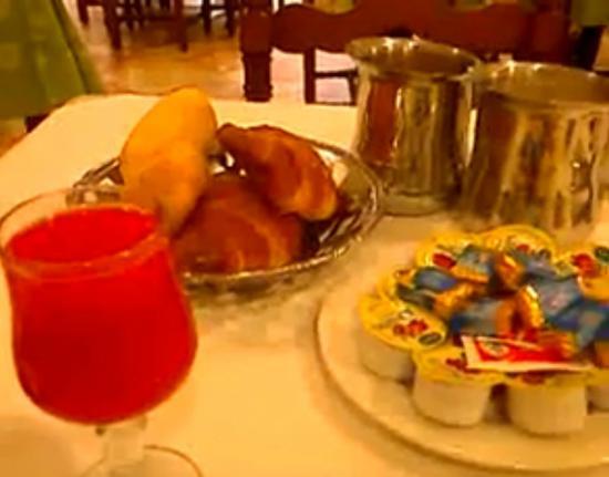 Hotel San Pietro di Assisi, la mia colazione, ricca e nutriente!!! Emanuele Carioti