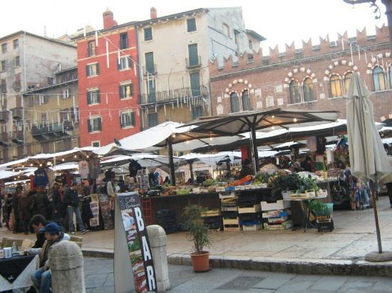 Fiera di Verona: Feira em Verona, não dá pra deixar pra trás.