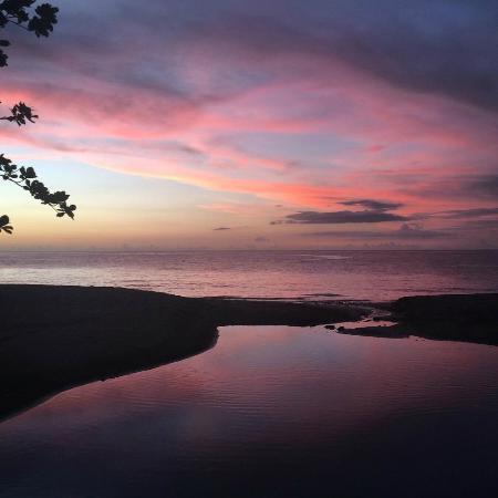 Ti Kaye Resort & Spa: Sunsets on the beach
