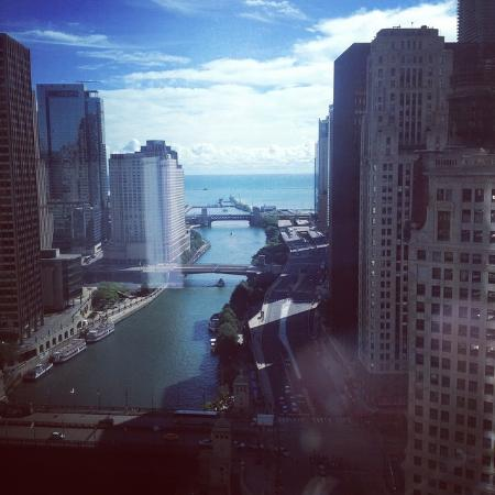 Trump International Hotel Tower Chicago View Of The River And Lake Michigan From