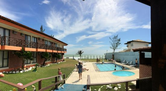Buzios Ariau Hotel: A área externa é até bonita...