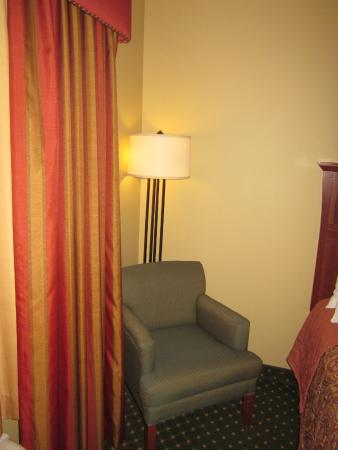 Gold Eagle Lodge: sitting in the room