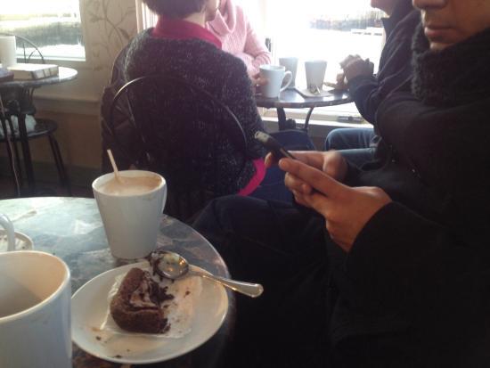 Bean & Leaf Cafe : Deli brownie