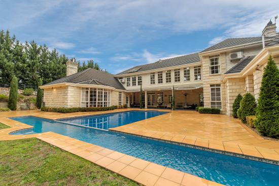 Pool And Lap Lane Picture Of Montfort Manor Traralgon