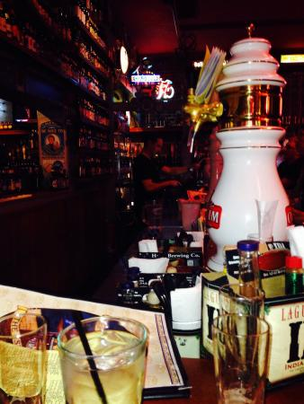 Sunset Grill & Tap : Seated at the bar