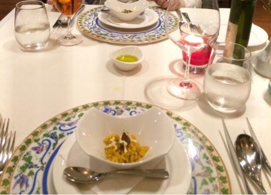 Gattopardo Ristorante Di Mare: Amuse-Gueule on beautiful plates