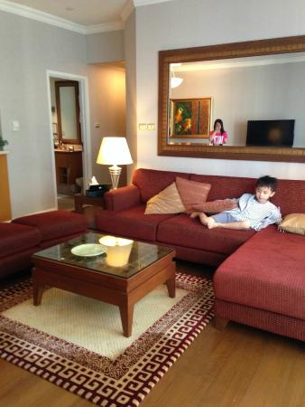 Mayfair, Bangkok - Marriott Executive Apartments : living room