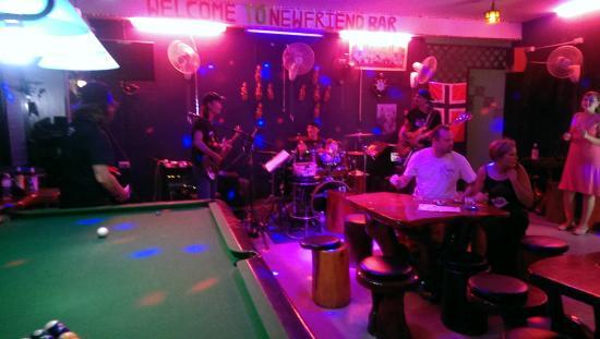 Newfriend bar