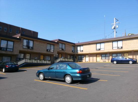 The Downtown Duluth Inn Just Your Usual Motel