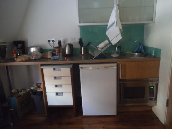 High Street Apartments: Kitchen?