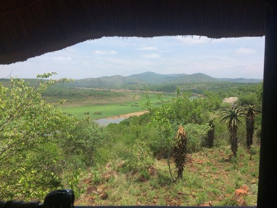 Mvubu River Lodge: Uitzicht vanuit je eigen balkon is echt mooi