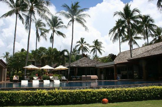 Baan Kilee Villa : Looking at the villa from the beach