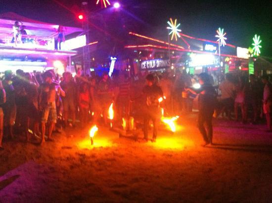 Ark Bar Beach Club : ark bar beach