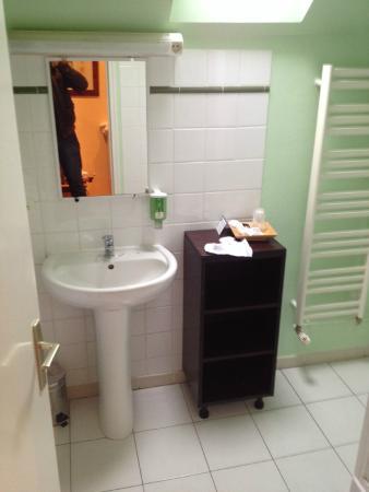 Hotel de La Petite Verrerie: salle de bain digne d'une suite !