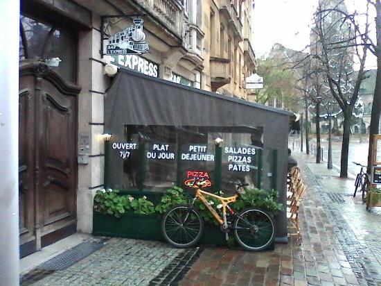 La Terrasse Du Restaurant Photo De L Express Bar Metz Tripadvisor