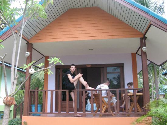 Phangan Great Bay Resort: Обычный домик выглядит так.
