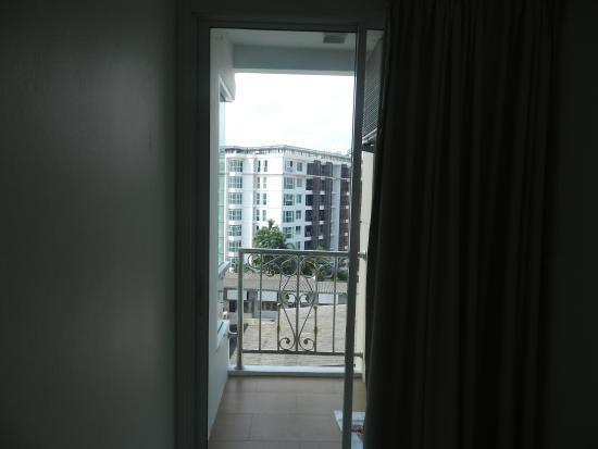 Royal Pavilion Hua Hin: Balcony view