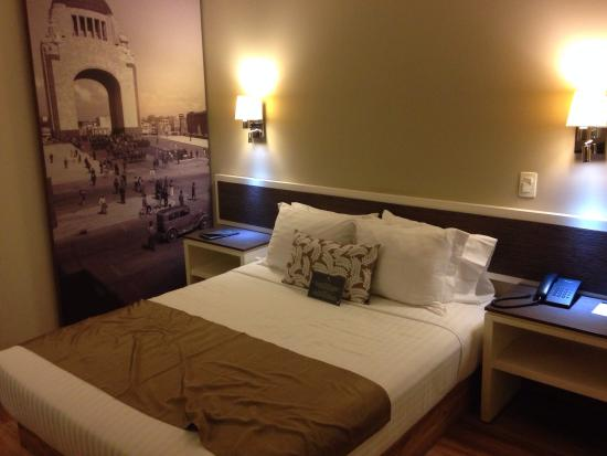 Hotel Plaza Revolución: Recámara