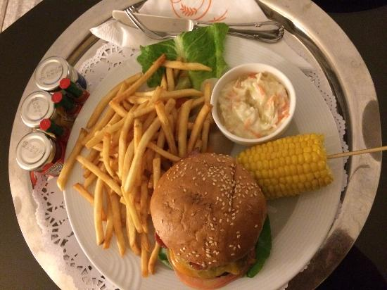 Crowne Plaza Jeddah: Room service