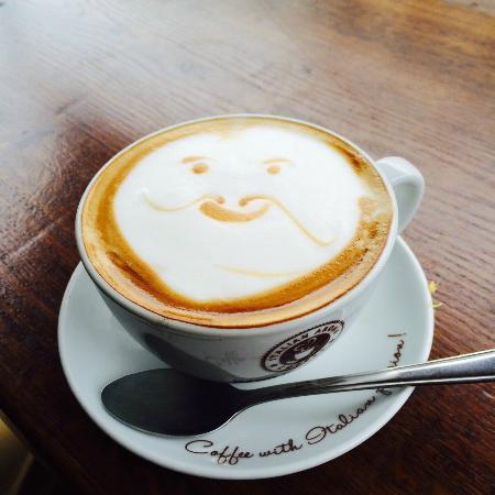 Casa Tua Camden: Coffee with a smile