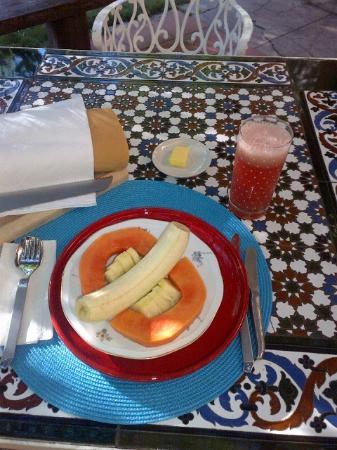 Villa Lou B&B: Part I of one of my breakfasts - fresh tropical fruit plate, juice, bread