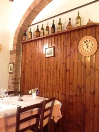 Montespertoli, Ιταλία: Uno dei 6 tavoli