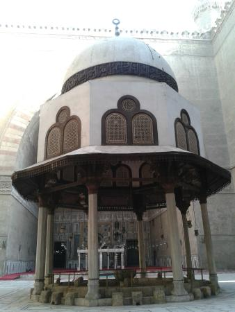 Mosque and Madrasa of Sultan Hassan : Ablution Fountain at Sultan Hassan Mosque