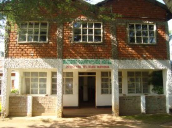 Bungoma countryside hotel updated 2017 prices reviews for Best countryside hotels