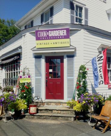 Lahaska, PA: We're on Route 202 - adjacent to Peddler's Village.  It's bigger on the inside.