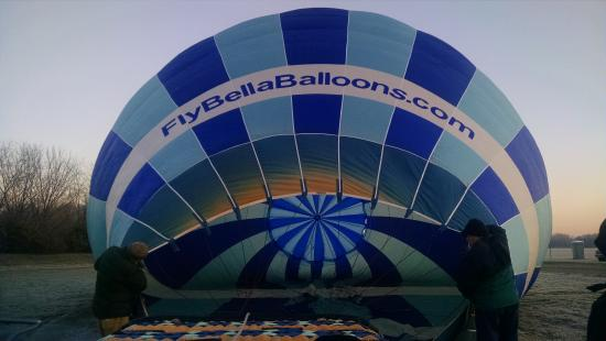Bella Balloons Hot Air Balloon Co: Great time with Bella Balloons!