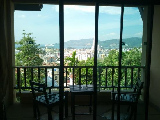 Patong Cottage Resort: Вид из окна