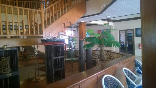Busua Waves Resort : Main Entrance