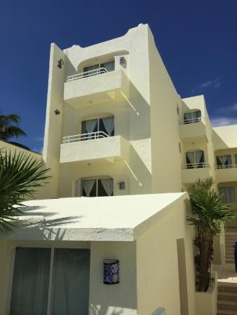 Playa Maya : facade