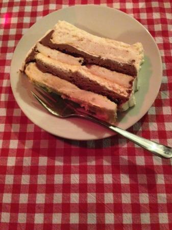 Villa Sumrak: Amazing layered chocolate dessert