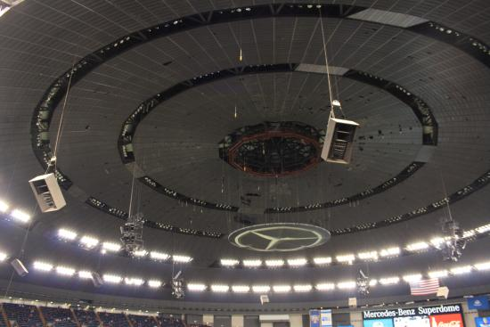 Dome picture of mercedes benz superdome new orleans for Mercedes benz dome