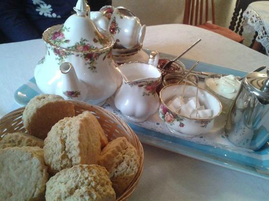 Royal Oak Farm: Proper china tea set