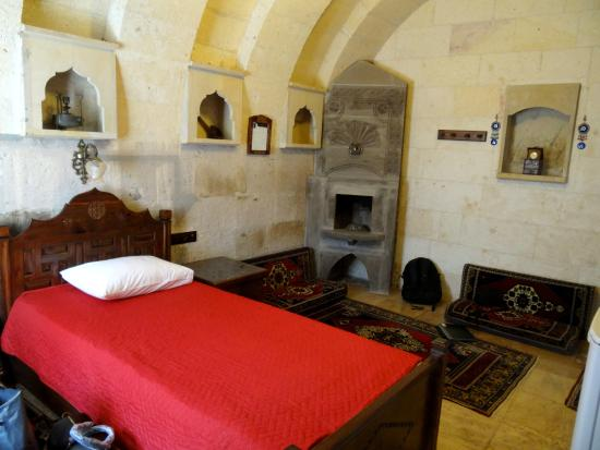 Vineyard Cave Hotel : Our Suite