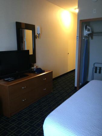Fairfield Inn & Suites by Marriott Santa Maria: King Bedroom