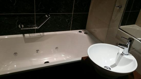 Jacusi Bath Was Brilliant Good Job Because The Jacusi