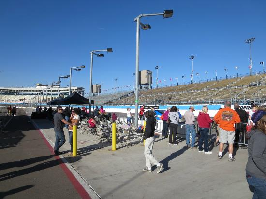 Richard Petty Driving Experience: The waiting race fans.