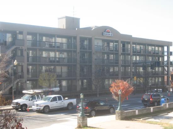 Downtown Inn & Suites: Downtown Inn - Patton Avenue, Asheville NC
