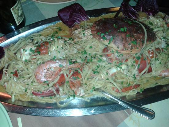Il piatto forte...il veliero!!! - Foto di L\'acquacheta Ristorante ...