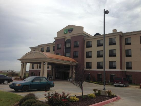 Holiday Inn Express Hotel Suites Pryor Welcome To