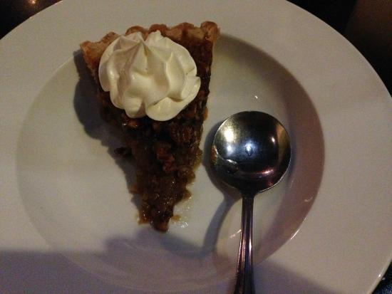 309 Bistro & Spirits: Pecan pie