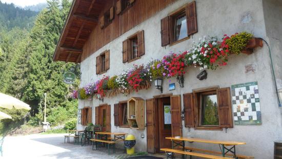 Rifugio Alpenrose