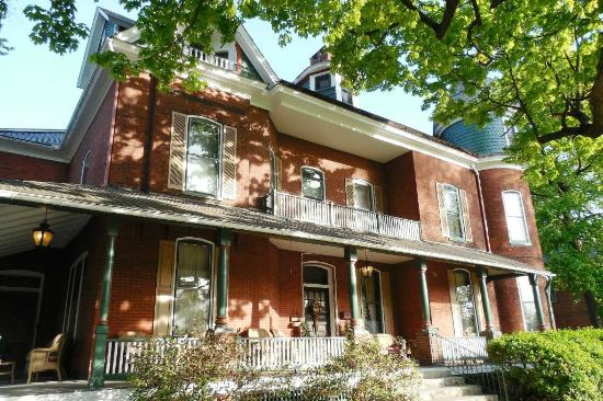 Craig Victorian Bed and Breakfast
