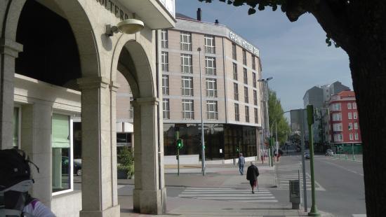Gran Hotel de Ferrol: View from the Estrada de Castela