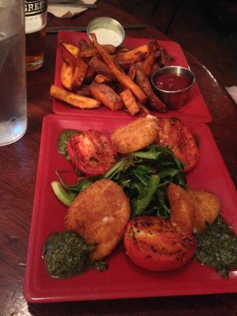 Sticks and Stones: Gold(fried mozzarella & grilled tomatoes & Resuce Blues fries