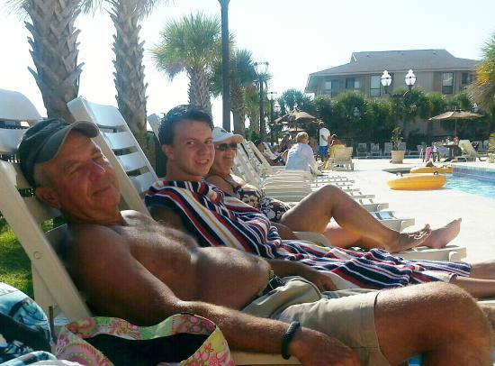 Tilghman Beach & Golf Resort : Family enjoying the pool.
